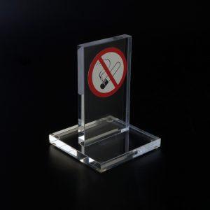 Wimpel für Nichtraucher aus Acrylglas