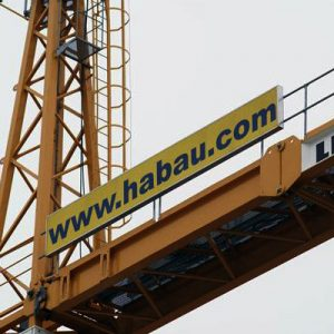 Kranbeschriftung für HABAU Hoch- und Tiefbau