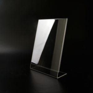 L-Aufsteller in A4 aus Acrylglas