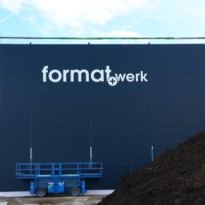 Gebäudebeschriftung für formatwerk