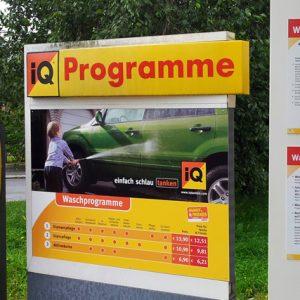 Folienbeschriftung für IQ Tankstelle