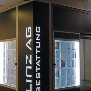 Lichtkästen für LINZ AG Bestattung auf der Linzer Landstraße